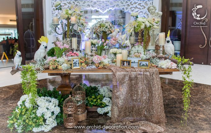 Live & Love by Orchid Florist and Decoration - 010