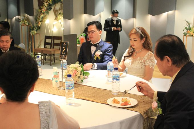 MC Wedding Double V Entertainment at JHL Solitaire Serpong by Double V Entertainment - 017
