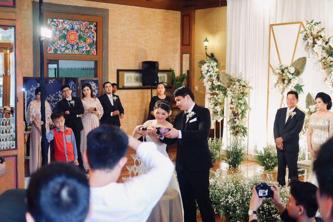 Rio & Lian Wedding by HENRY BRILLIANTO - 008