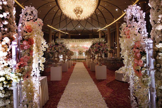 Wedding at Bali Room - Hotel Indonesia Kempinski Jakarta by Hotel Indonesia Kempinski Jakarta - 027