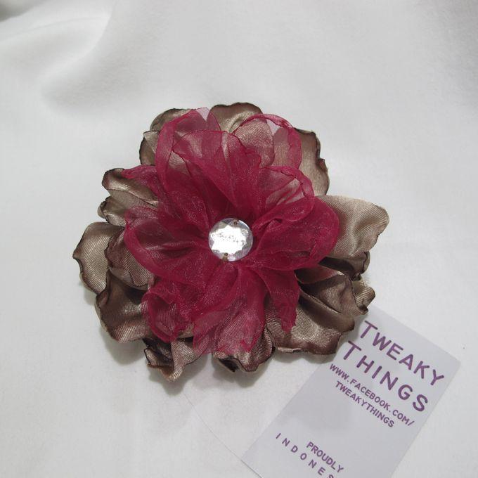 Flower brooch and hairclip by TweakyThings - 008