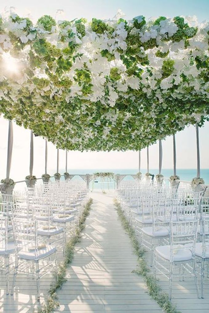 When Glamour Meets Nature at Sky Garden, Ayana Bali by Flying Bride - 015