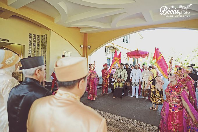 The Wedding Of Anes + Rendy by beeasphoto - 043