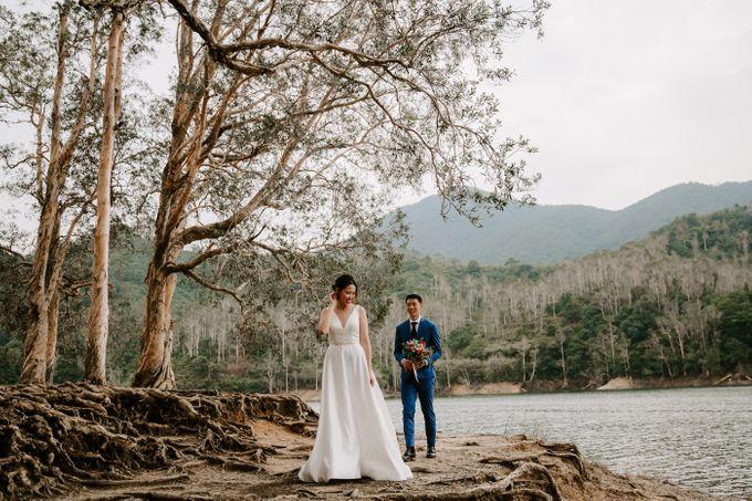 Hong Kong Pre-Wedding of Isabella & Jason by Natalie Wong Photography - 002