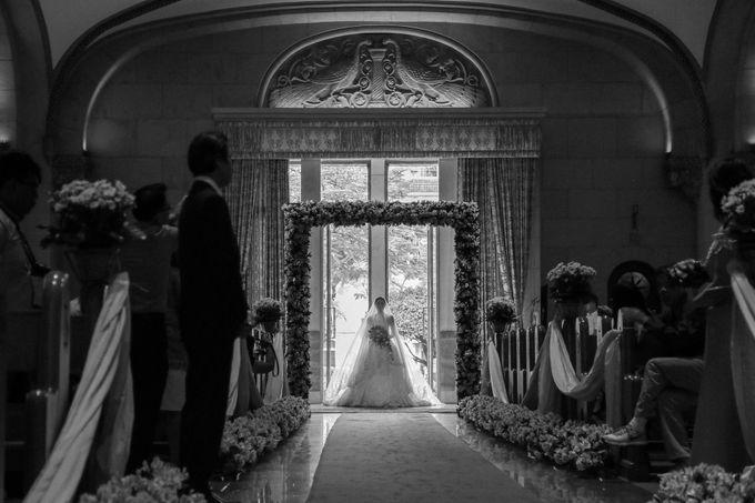 Charles & Czarina - Wedding by Bogs Ignacio Signature Gallery - 006