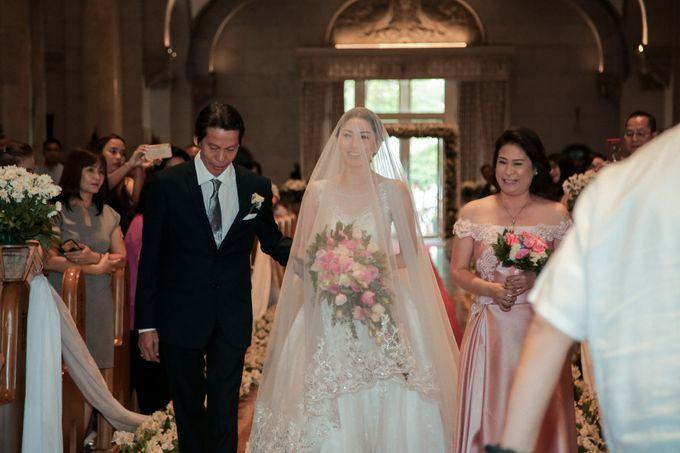 Charles & Czarina - Wedding by Bogs Ignacio Signature Gallery - 007
