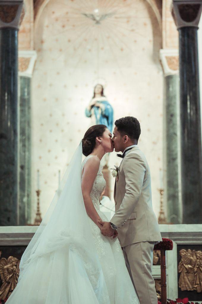 Charles & Czarina - Wedding by Bogs Ignacio Signature Gallery - 045