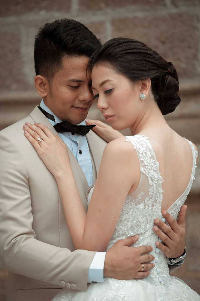 Charles & Czarina - Wedding by Bogs Ignacio Signature Gallery - 009