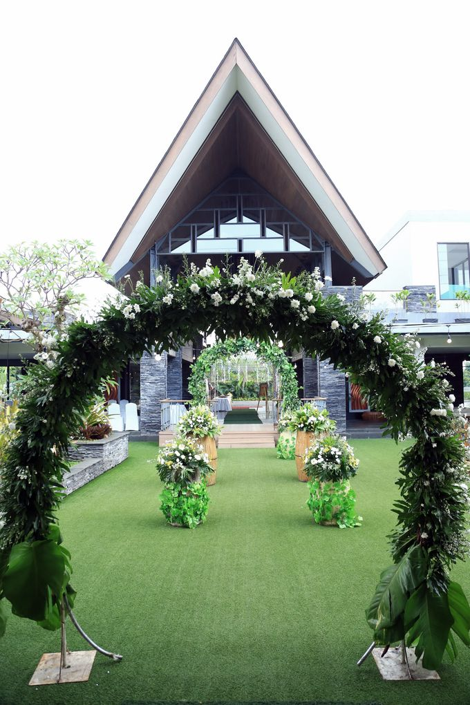 eras & farah decoration wedding by Our Wedding & Event Organizer - 002