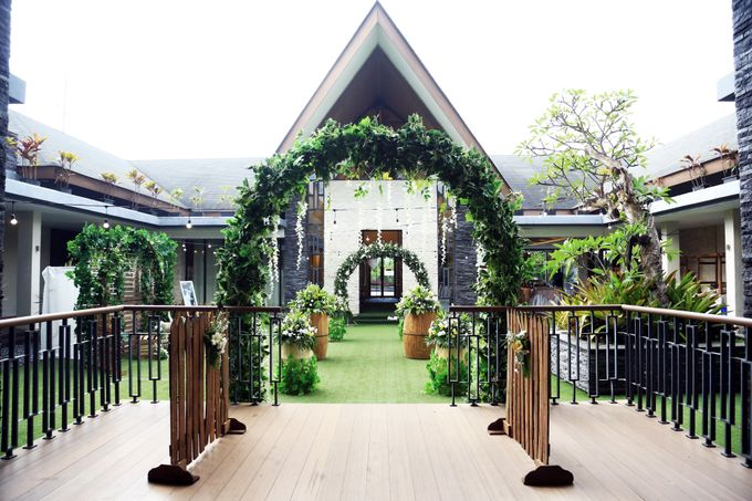 eras & farah decoration wedding by Our Wedding & Event Organizer - 007