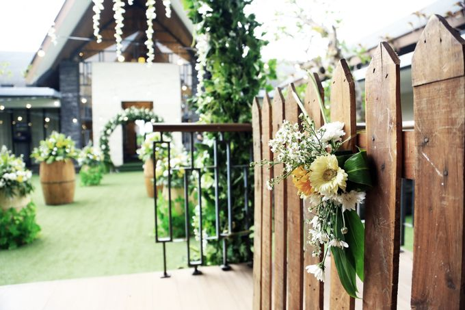 eras & farah decoration wedding by Our Wedding & Event Organizer - 008