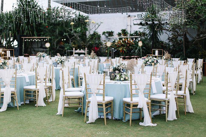 Villa Phalosa - Serene Dusty Blue Wedding by Flora Botanica Designs - 034