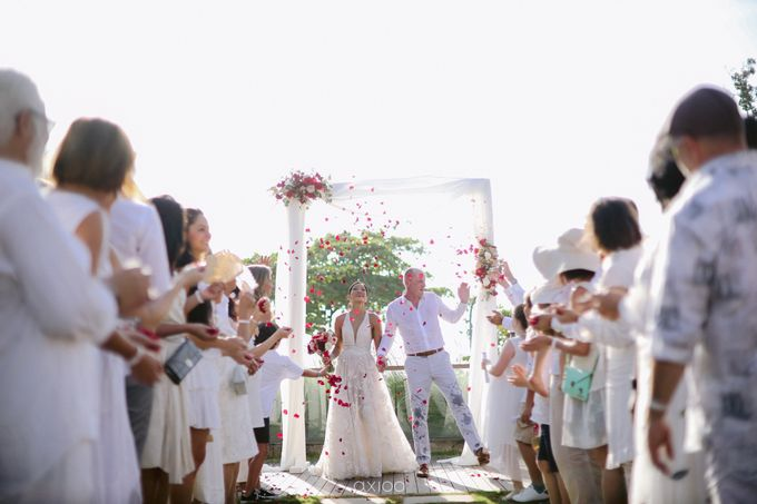 Modern Playful Wedding in Seminyak Bali by Silverdust Decoration - 010