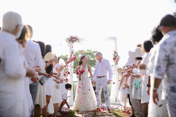 Modern Playful Wedding in Seminyak Bali by Hotel Indigo Bali Seminyak Beach - 001
