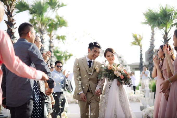 Alfian and Jessliyn Wedding by Six Senses Uluwatu, Bali - 004