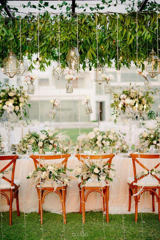 Playful Elegant Beach-front Wedding in Bali by Silverdust Decoration - 034