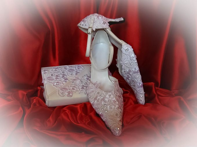 BRIDAL CLUTCHES by Pamela Falli - 028