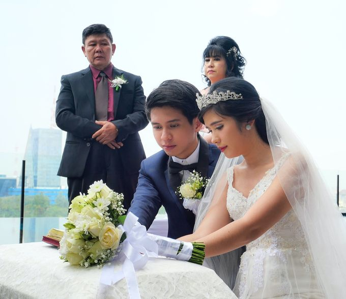 Holy Matrimony Andrew & Jeanice by Grand Mercure Surabaya City - 003