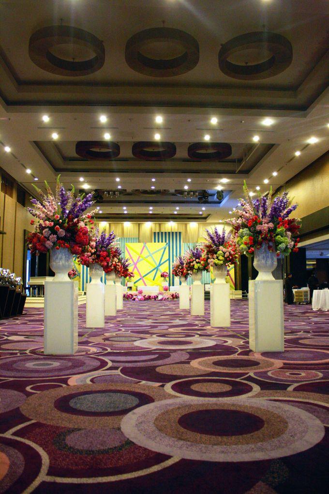 Wedding Decoration & Set Up at Holiday Inn Bandung Pasteur by Holiday Inn Bandung Pasteur - 002