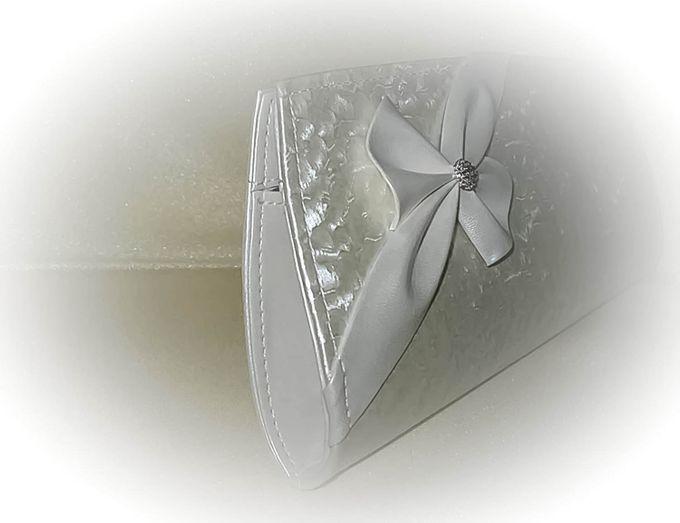 BRIDAL CLUTCHES by Pamela Falli - 010
