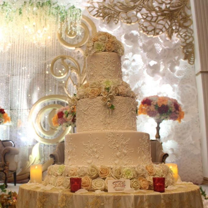 New Wedding Cake 2018 by RR CAKES - 002