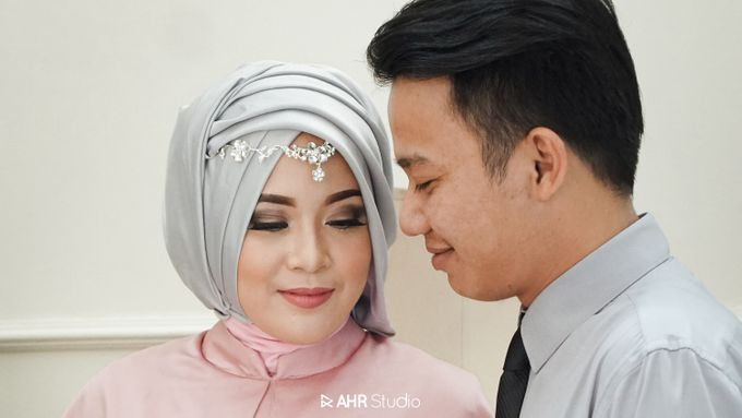 Prewedding Indoor Indra & Asri by AHR Studio - 001