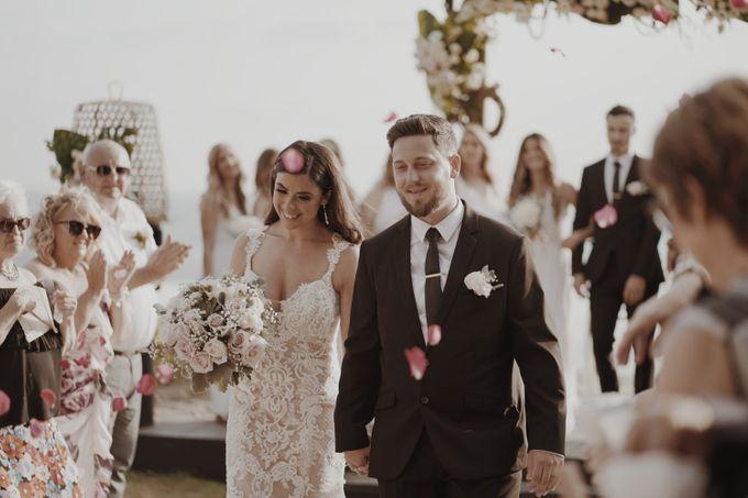 Mindy & Cameron Wedding at W Hotel Bali by AKSA Creative - 030