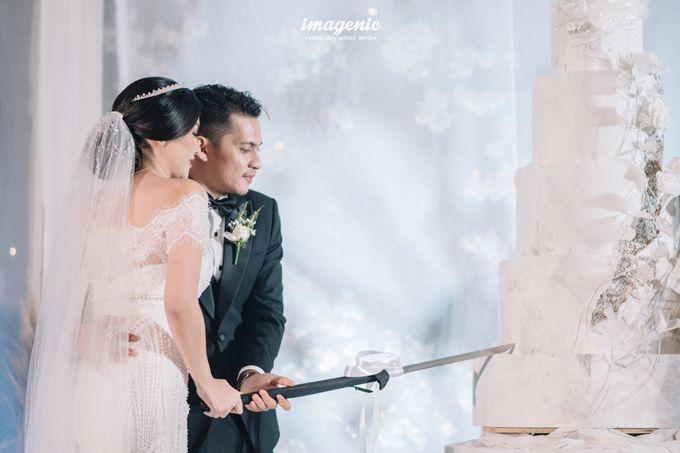 Eva & Fikriel Wedding by Petty Kaligis - 041