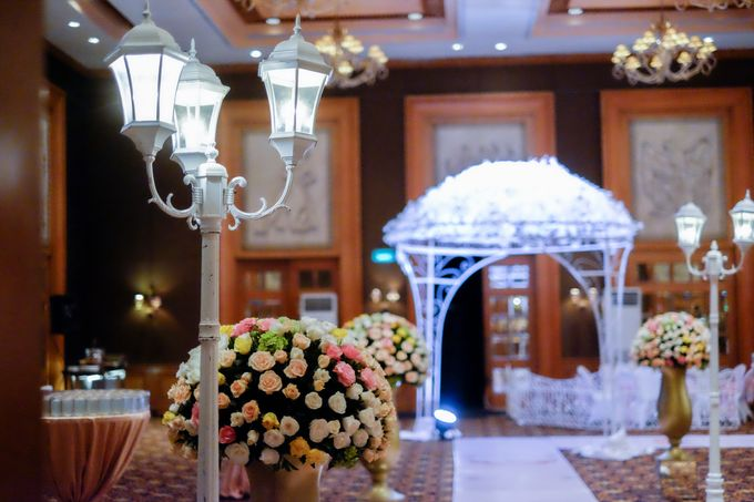 The Wedding of Marion & Valerie -Hotel Aryaduta by The Swan Decoration - 005