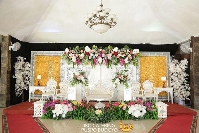 Dekorasi Pelaminan by IKO Catering Service dan Paket Pernikahan - 034