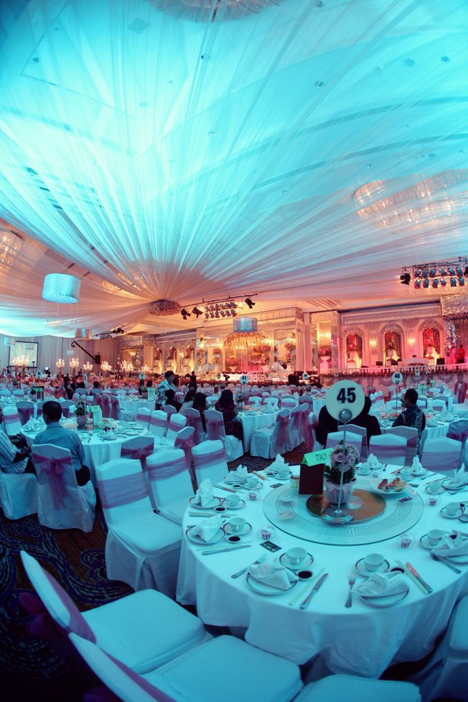 Grand Ballroom by Shangri-La Hotel, Surabaya - 006