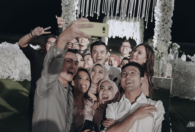 Dion Wiyoko & Fiona Wedding by Djampiro Band Bali - 033