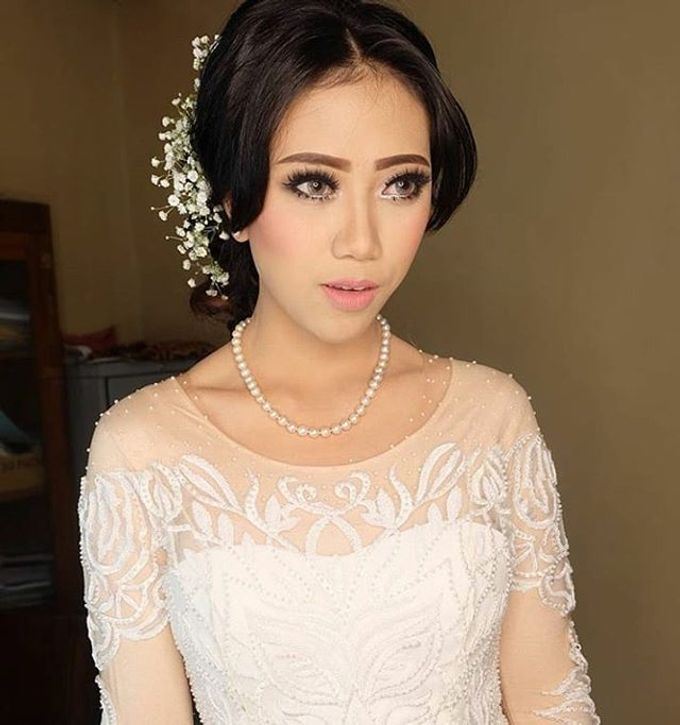 pengantin internasional by White Make Up and Hair Do - 004