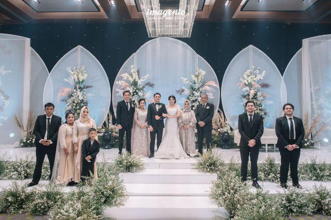 Eva & Fikriel Wedding by Petty Kaligis - 049