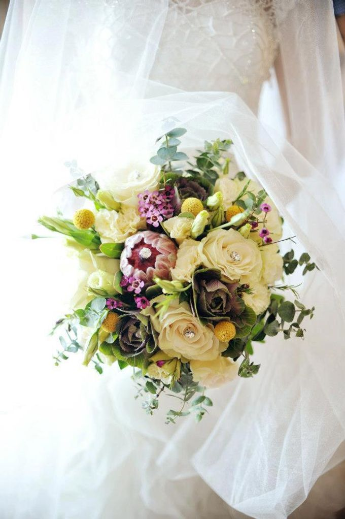 Bouquet of Flowers by Abhie Tan of Natural Art Works by Natural Art Flowers and Decors - 003