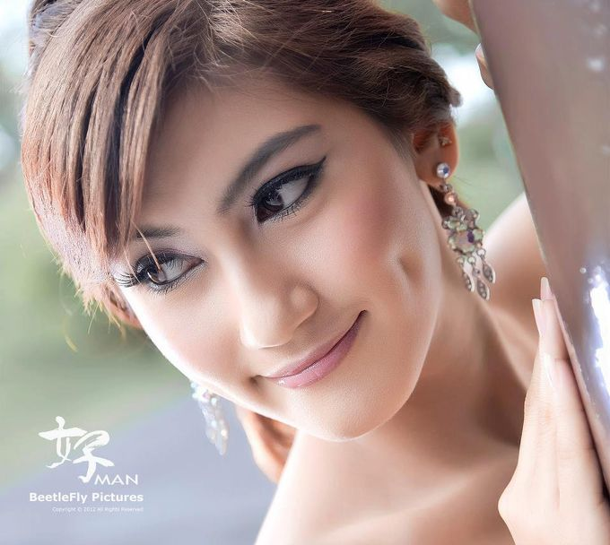 Add To Board Indian Bridal Photoshoot by Angel Chua Lay Keng Makeup and Hair - 001