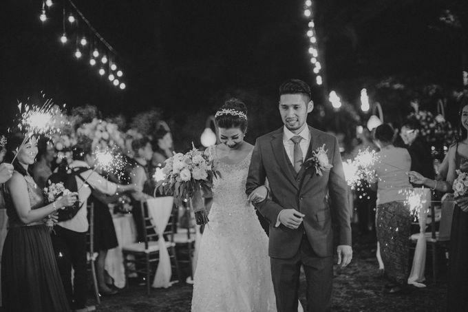 RUSTIC WEDDING DAVID AND JOICE IN SKY AYANA BALI by W organizer - 050