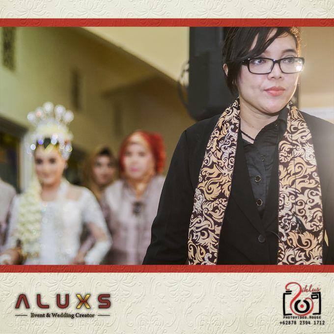 The Wedding of Santa & Khresna by Alux's Event & Wedding Creator - 017