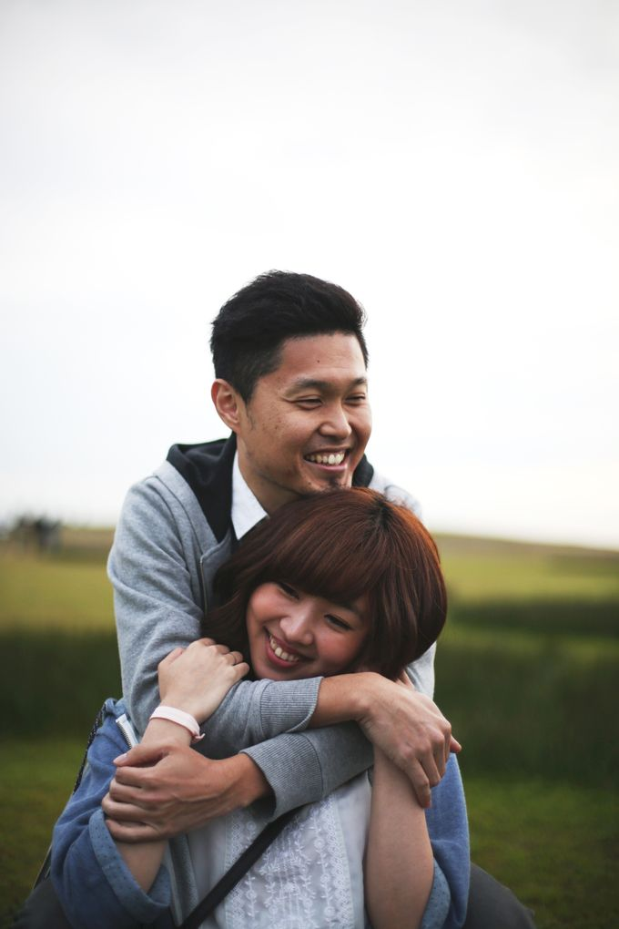Engagement shoot at Steveston Richmond by Rebecca Ou Photography - 031