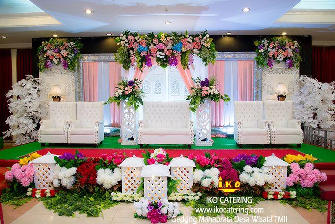 Dekorasi Pelaminan by IKO Catering Service dan Paket Pernikahan - 006