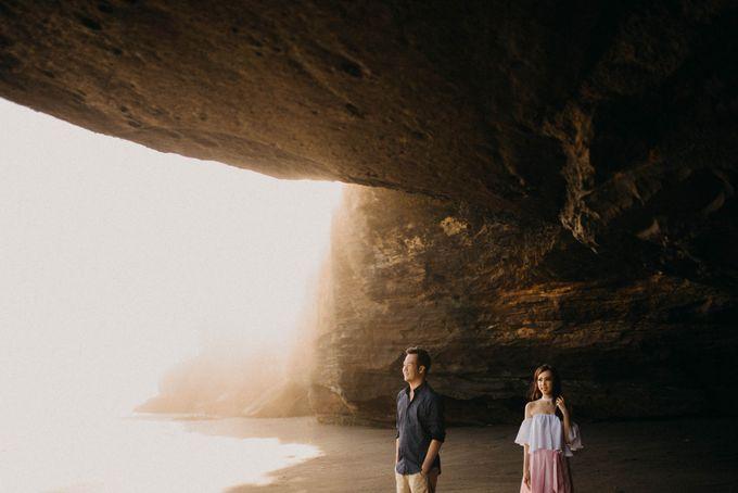 SUNDORO & LIA PREWEDDING by DHIKA by MA Fotografia - 032