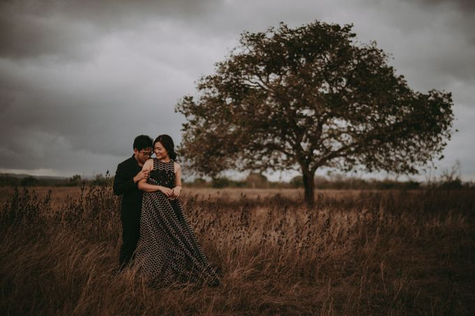 Anton & Cynthia Elopement Session by Chroma Pictures - 016