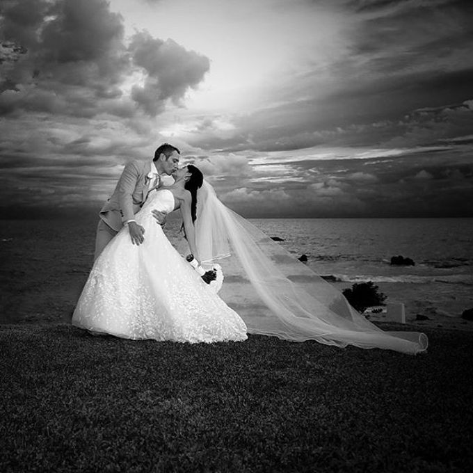 Weddings + Couples Sessions  by www.andresbarriaphotography.com - 036