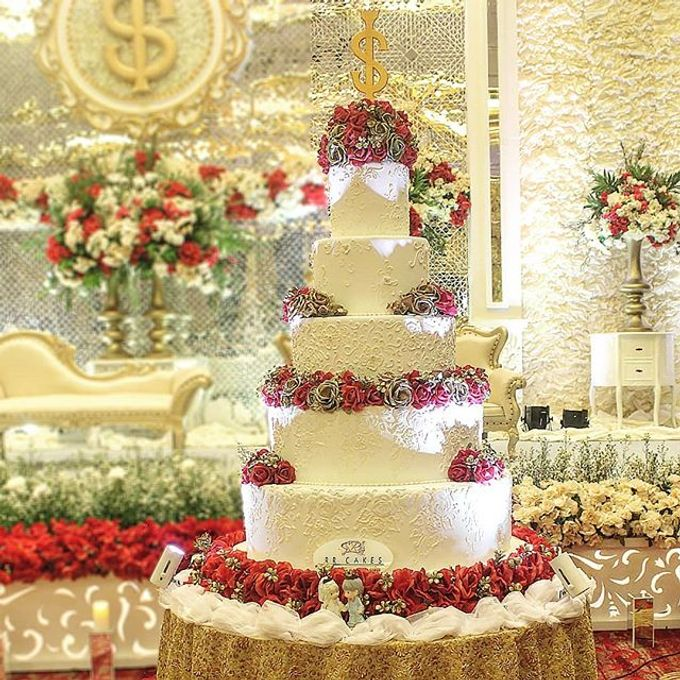 Wedding Cake Customize Design by RR CAKES - 007