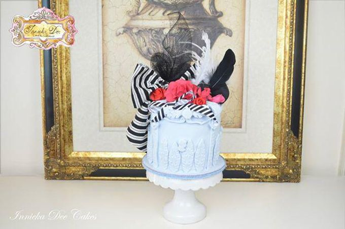 Wedding Cakes by Innicka Dee Cakes - 031