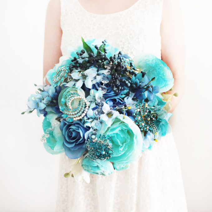 Custom Hand Bouquet by The Bride and Butter - 008