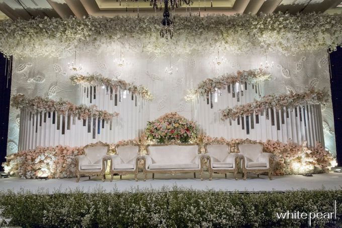 Kempinski Grand Ballroom 2018 07 12 by White Pearl Decoration - 001