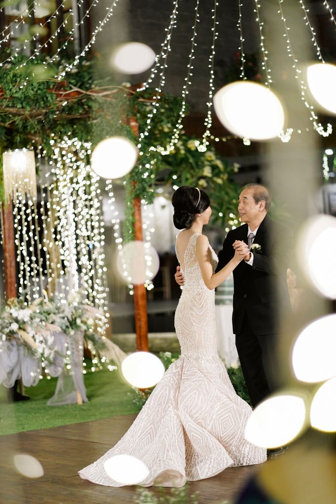 The Wedding of Johnsen & Fortunata by BDD Weddings Indonesia - 033