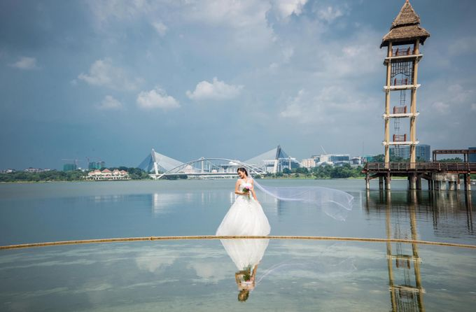 Outdoor Pre Wedding Photo Shoot by RedCarpet Bridal Artistry - 010