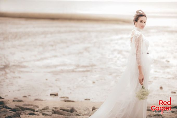 Outdoor Pre Wedding Photo Shoot by RedCarpet Bridal Artistry - 003